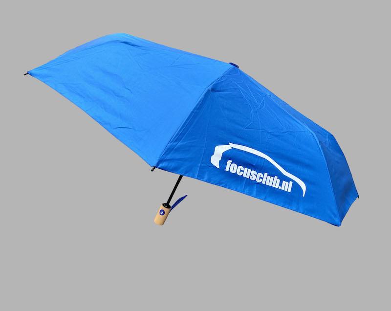 paraplu-blauw-open-met steel.jpg