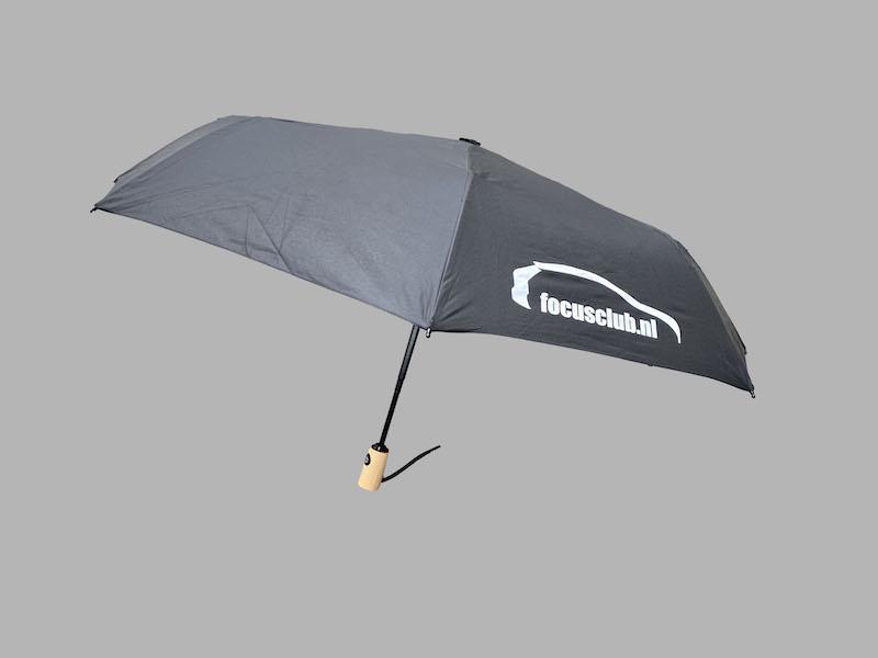 paraplu-zwart-open-met steel.jpg